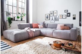 Place er en smuk sofa, der kan indgå i enhver moderne boligindretning efter i trends.