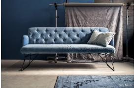 Leder du også efter en smuk sofabænk til dit hjem, så kom og prøv Sixty sofabænken.