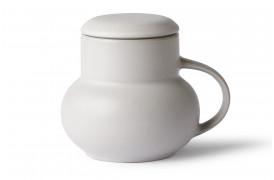 Her ses boble te kruset med sit låg på, i Lysgrå fra HKliving.