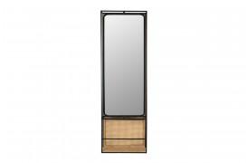 Her ses et billede af Langres spejlet fra Dutchbone.
