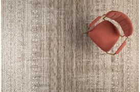 Her ses et billede af Liv tæppet i farven taupe fra Decoholic.