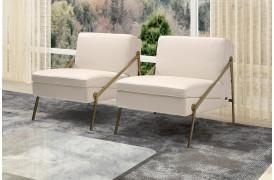 Kelvin Giormani lænestolen Megan kan ses i vores butik i Aarhus.