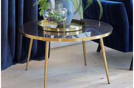 Leder du efter et elegant marmor sofabord, så kan Naomi sofabordet være en god mulighed.