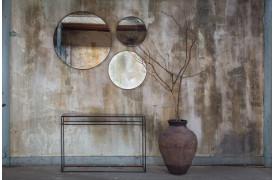 Elegant entre i Notre Mondes boligunivers, her med Bronze konsolbordet.