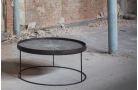 Det populære Round bakke sofabord er nu kommet i en XL udgave.