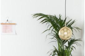 Her ses et billede af Gringo flad loftslampe / pendel fra Zuiver.