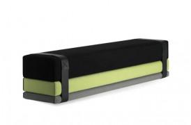 Bavul er en kombination af en bænk og en seng fra Prostoria.