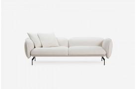 Den modulære Echo sofa giver en oplevelse af at sidde i den mest komfortable sofa.