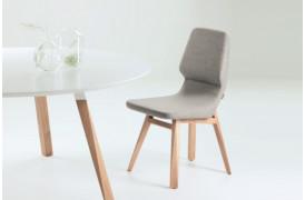 Her ses et af Oblique spisebordene fra Prostoria.
