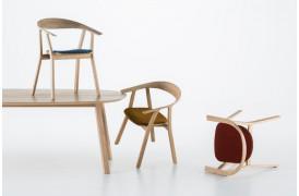 Sofistikeret håndværk får du med Rhomb spisebordsstolen fra Prostoria.