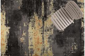 Her ses et billede af Ranger inden- og udendørstæppe i sort fra Zuiver.