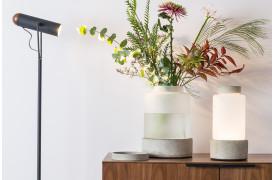 Her ses et billede af Reina vasen, lampen eller krukken fra Zuiver.