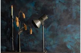 Her ses et billede af Sento lysestagen i sort fra Dutchbone.