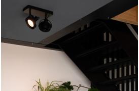 Her ses et billede af Dice spot 2 i sort fra Zuiver.