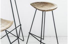 Her ses et billede af Loft barstol i natur fra vores Unika Collection.