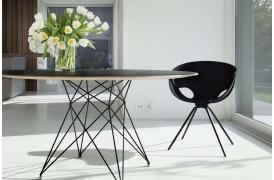 Tonon spisebordsstolen Flat metal er en moderne spisebordsstol til boligen.