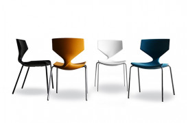 Tonons spisebordsstole med navnet Quo metal ses her i nogle flotte farver.