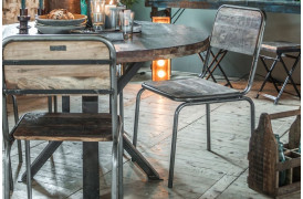 Giv din spisestue et rustik og personligt præg med disse unikke spisebordsstole.