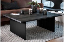 New Cool serien består også af et sofabord, her set i Sort matlakeret (C44 Oak).