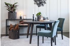 Flot og fleksibelt Urban Flex spisebord her vist i en boligindretning.