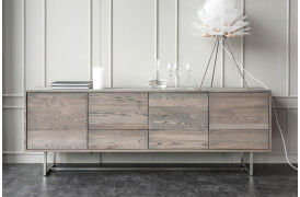 ZET-serien er en nyhed fra Wood by Kristensen her med en af skænkene fra møbelserien.