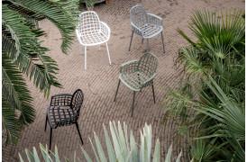 Havestole til terrassen eller din have med Albert Kuip Garden spisebordsstolen fra Zuiver.