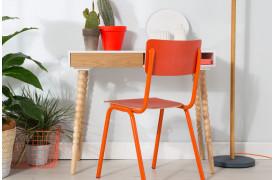 Back to School spisebordsstolen fra Zuiver fås i 6 flotte farver til din boligindretning.