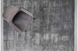 Er du på udkig efter et tæppe med et skinnende look online...