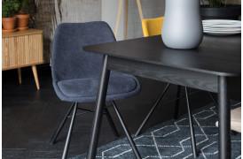 Brent er en vidunderlig spisebordsstol med et flot design.