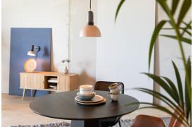 De er sassy, stilfulde, har hovedvendende design, smukke farver fra Zuivers lampeserie med navnet Charlie.