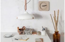 Dek 51 er navnet på en lampe fra det hollandske designmærke Zuiver.