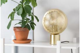 Gringo bordlampen er en ny lampe med et messing mønster fra Zuiver.