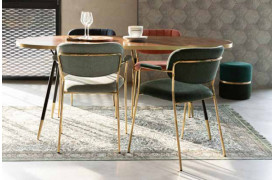 Jolien spisebordsstol med armlæn fra Zuiver fås i 6 flotte farver til din boligindretning.