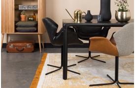 Leder du efter en spisebordsstol, som oser af klassisk elegance.