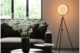 Vi elsker webbing mønsteret med dets naturlige udseende og følelse på Sien gulvlampen.