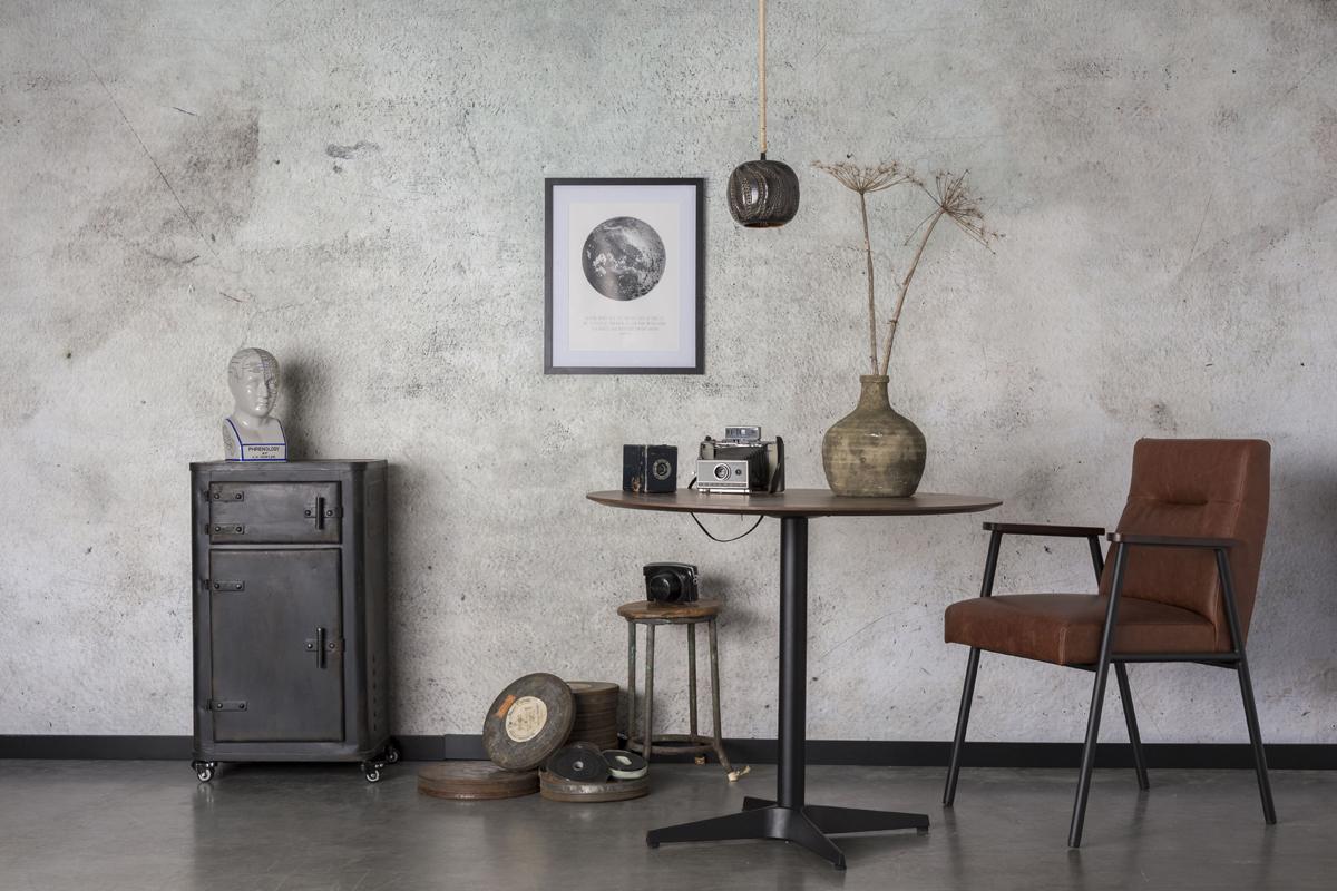 En maskulin stil i en bolig ses på billedet med møbler fra mærket Dutchbone, som du kan blive inspireret af her og købe møbler fra hos BoShop.