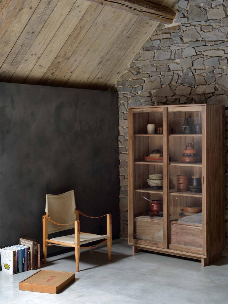 Gode overvejelser til at vælge den rigtige vitrine eller det rigtige skab er plads i boligen.