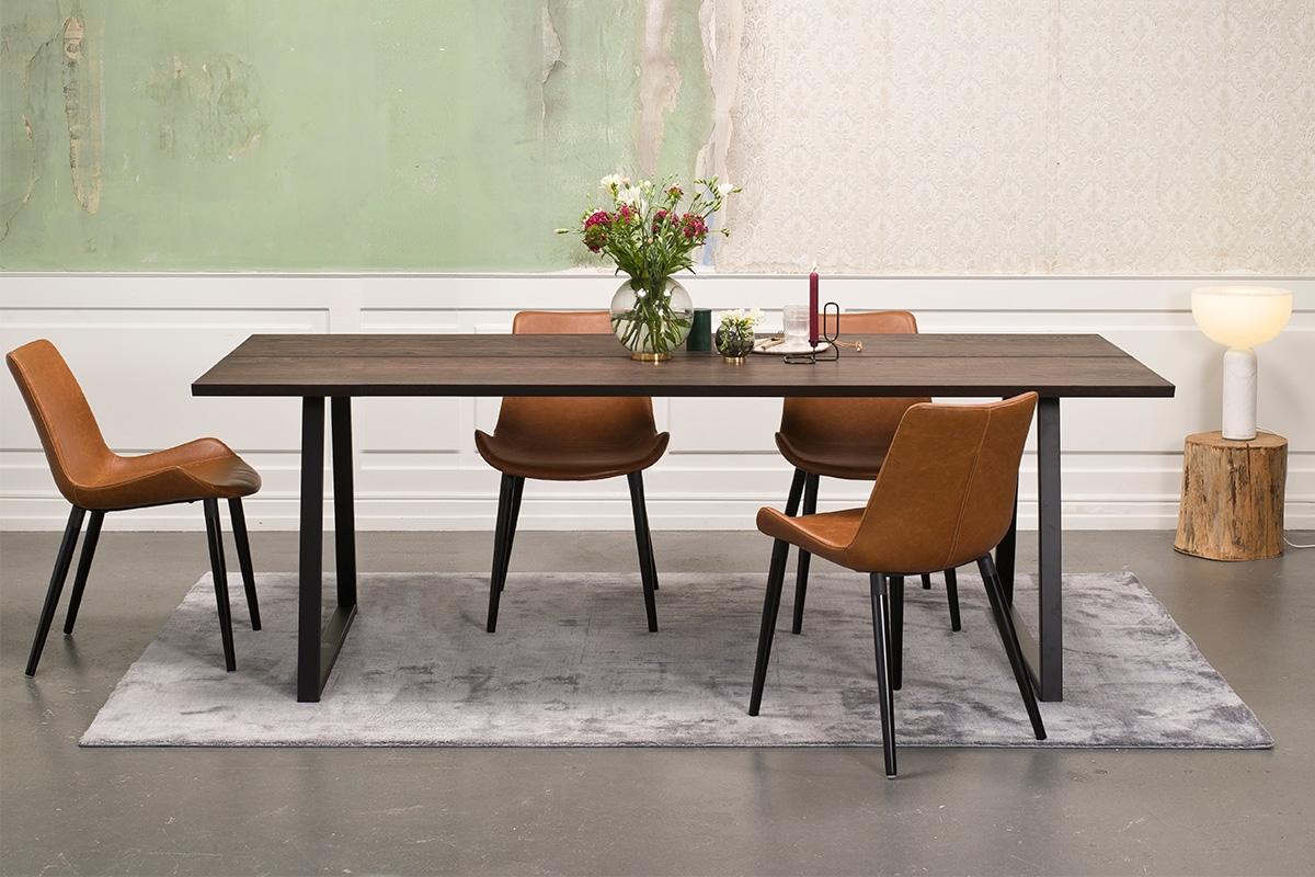 Når man skal ud at købe nyt spisebord for eksempel i Århus, så er det værd at tjekke dette spisebord ud fra Wood by Kristensen.