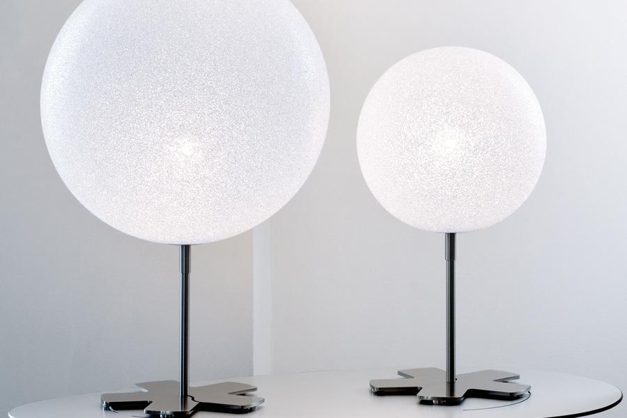 Dit hjem skal ikke bare have lamper, der giver lys til de mørke aftener i vinterhalvåret, det skal også have lamper, der passer til dig.