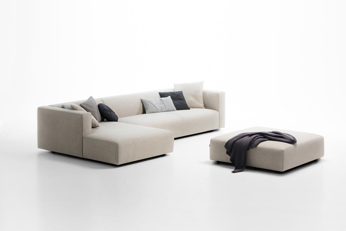 Uld sofa med chaiselong.