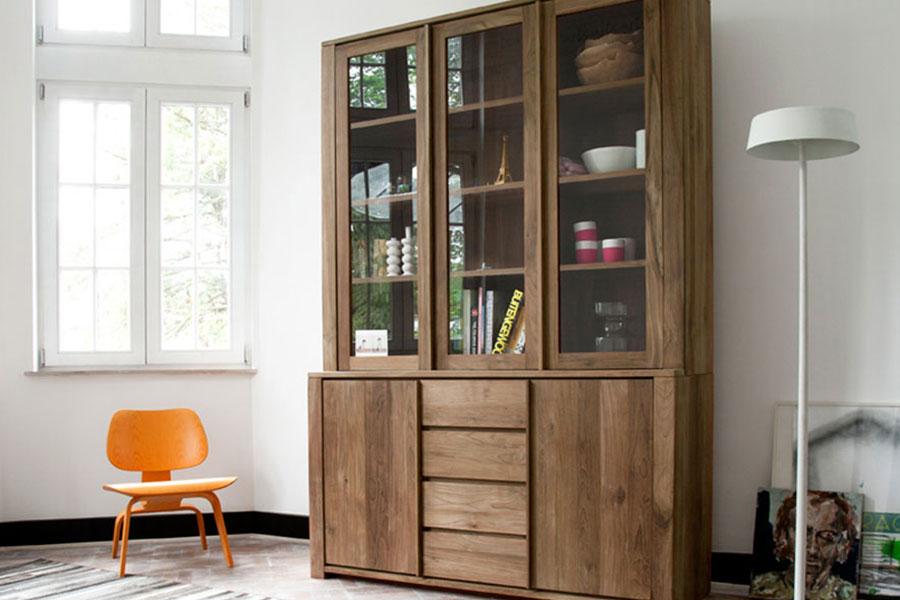 Med et vitrineskab i boligen er der mange muligheder for at opbevare ting i boligen.