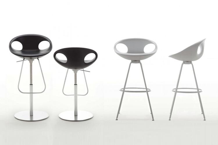 Barstole med lavt ryglæn og et moderne udtryk som med Up barstolene fra Tonon.