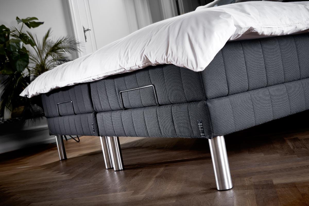 Med en justerbar elevationsseng fra Livingbed kan du også hæve fodenden på din seng.