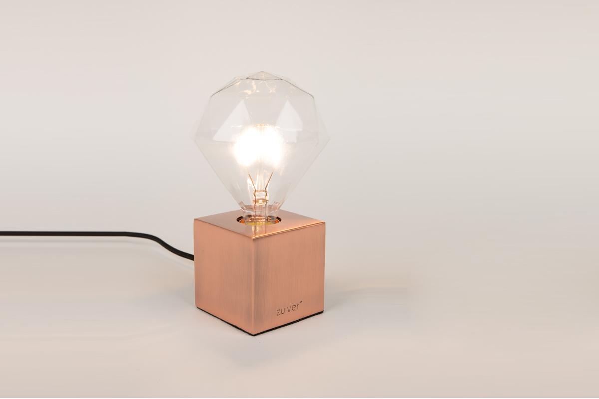 Dit valg af lys giver dig mulighed for at lege med det samlede indtryk af et rum, og åbner en dør for at du kan skabe et væld af stemninger.