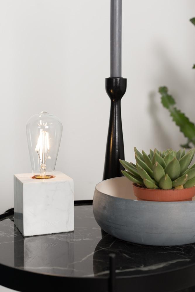 Med de flotte LED-pærer fra Zuiver, får man næsten selv lyst til at være lysdesigner.
