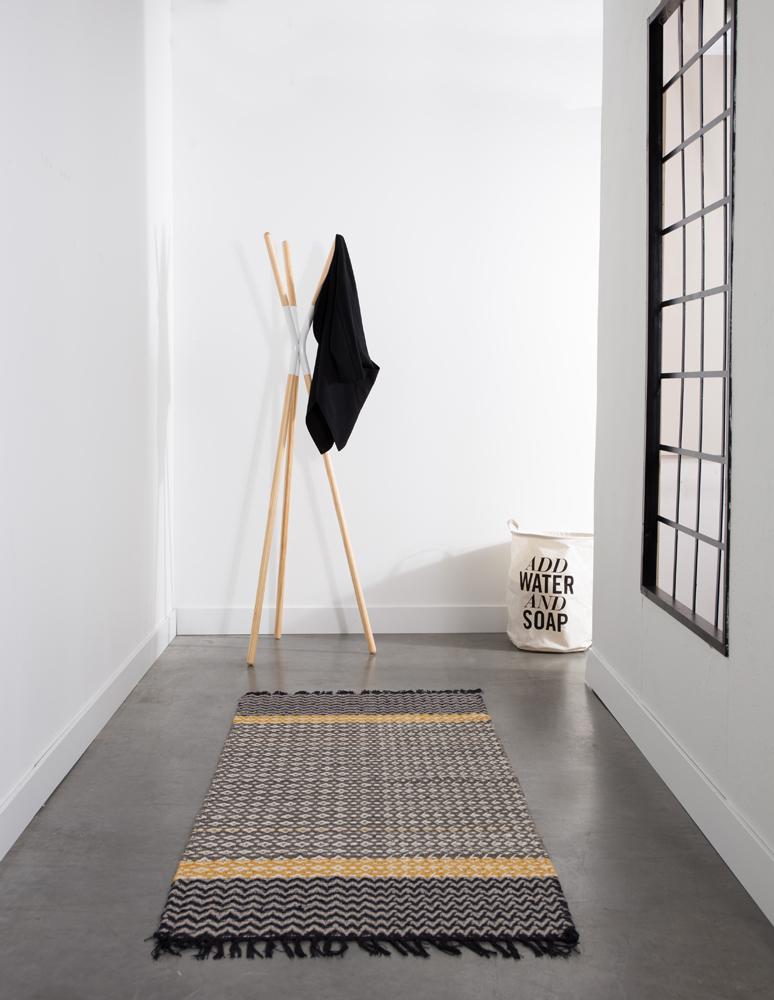 Entremøbler kan være mange ting, som denne flotte stumtjener fra Zuiver.