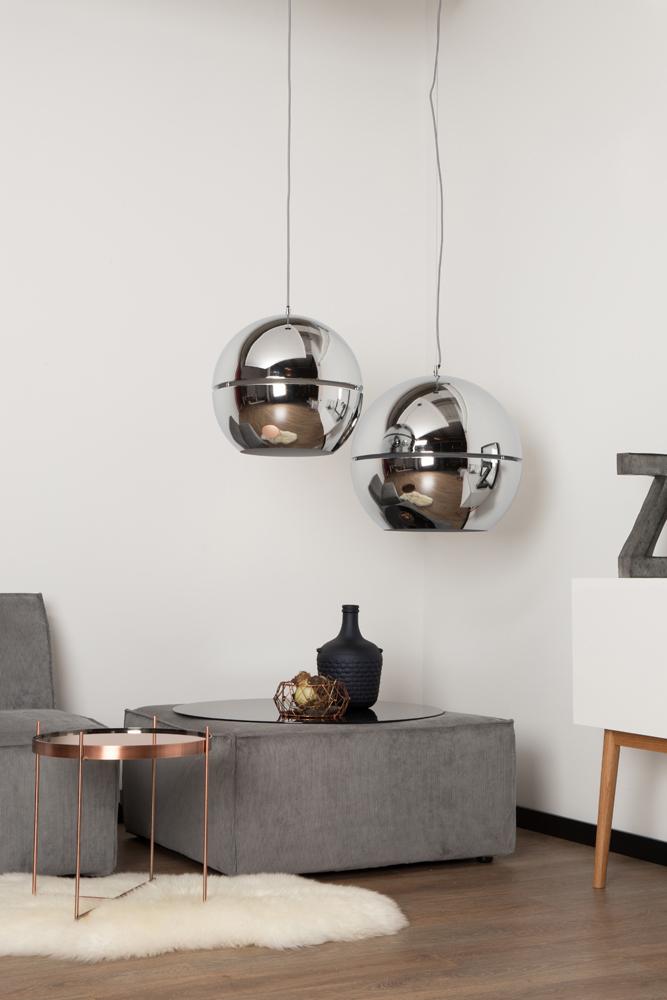 Smuk indretning med loftslamper og pendeler hos BoShop.