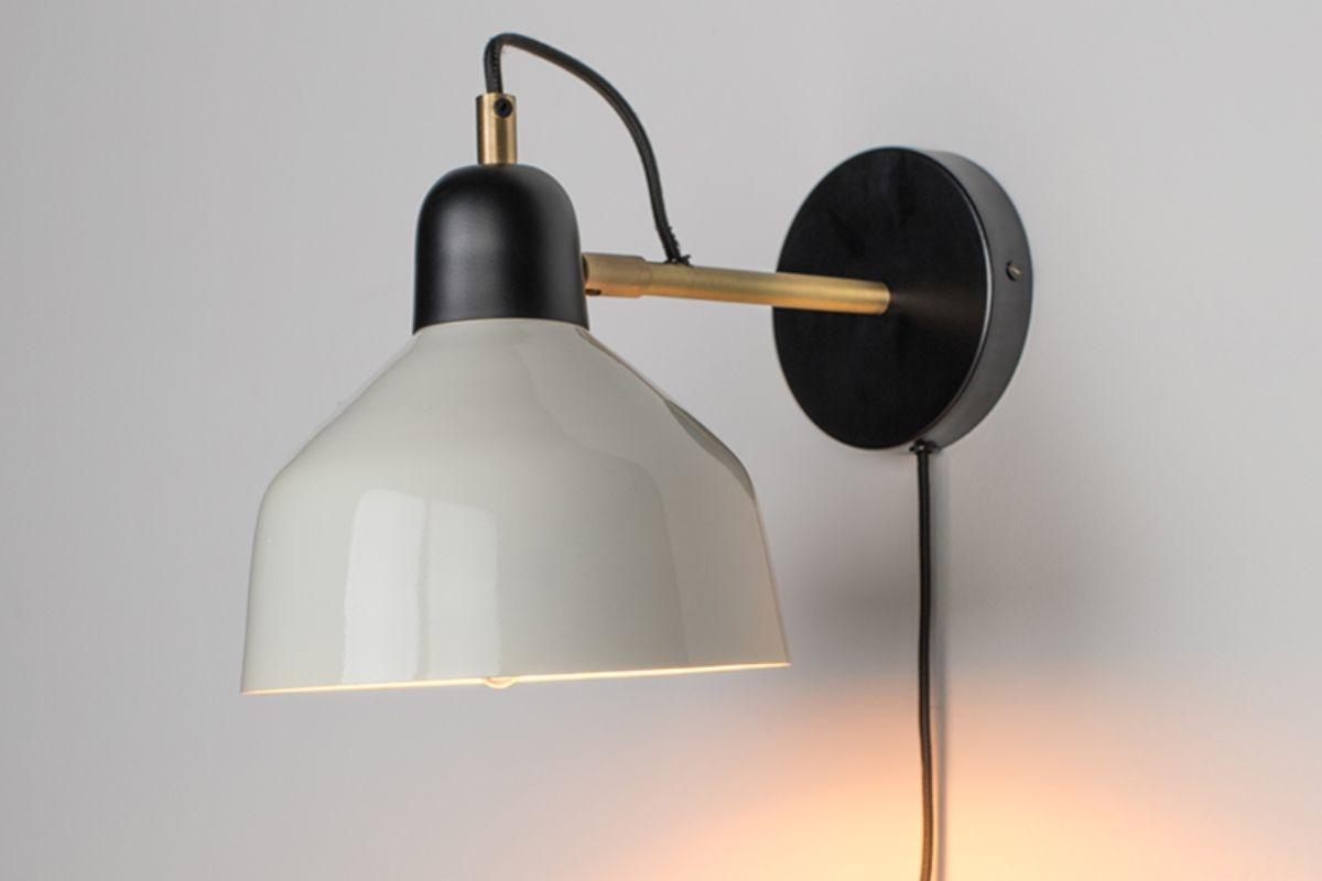 Skøn væglampe hos BoShop.